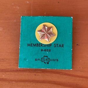 VTG | Girl Scout Membership Pin